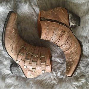 Old Gringo studded Roxy Milano Western boots - 10B